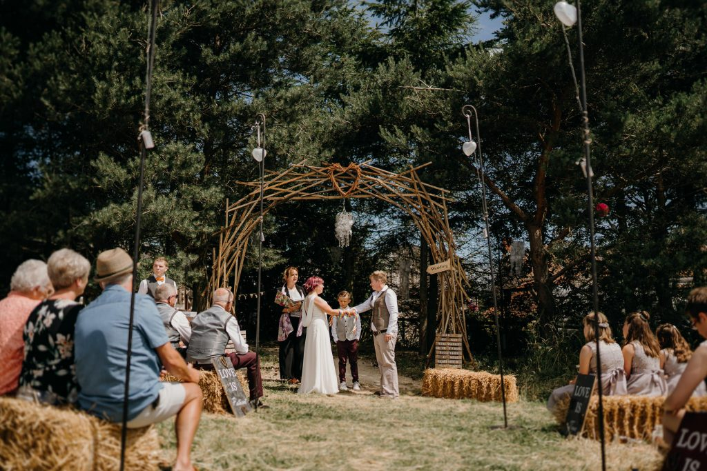 Deepdale Farm Wedding Photographer 184