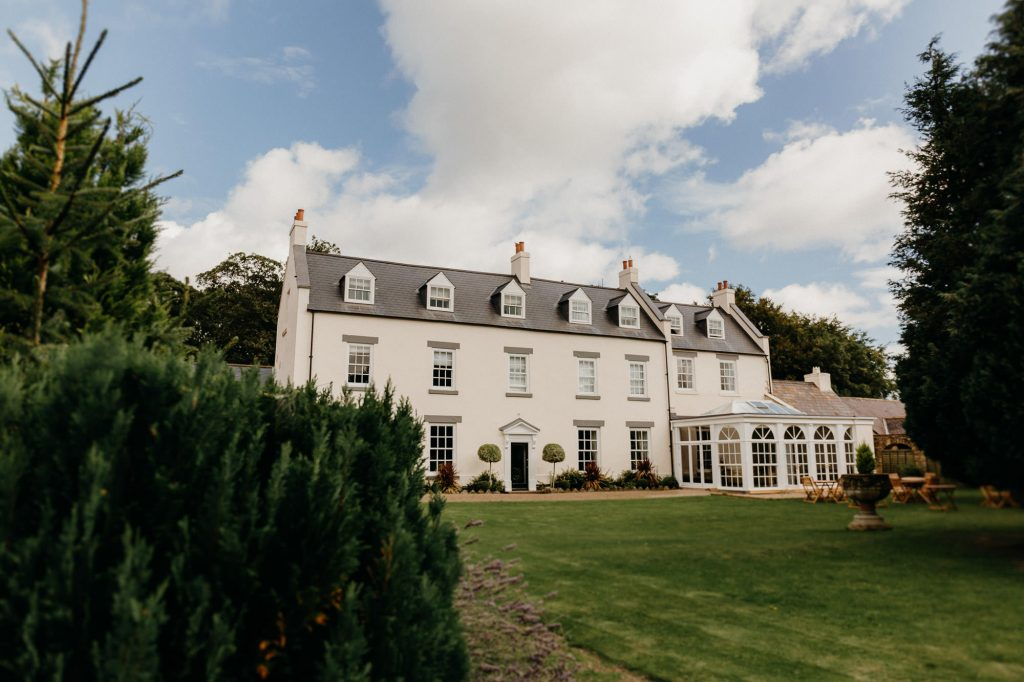 Hallgarth Manor Covid Wedding Photographer 001